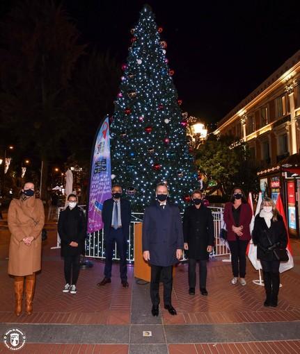 Nel Principato di Monaco le luci di Natale sono accese sino al 3 gennaio