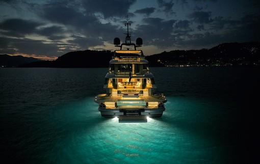 Debutto mondiale del nuovo Motopanfilo 37M al Cannes Yachting Festival