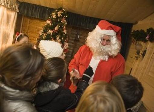 Babbo Natale apre il suo ufficio anche nel Principato di Monaco