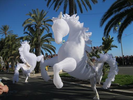 Cronaca e immagini dei carnevali di Nizza: riviviamo il …2014