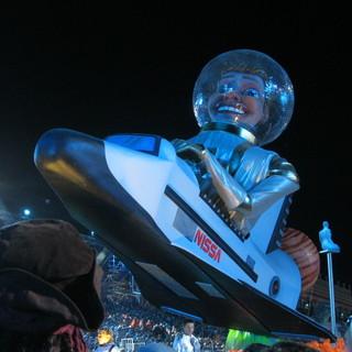 Cronaca e immagini dei carnevali di Nizza: riviviamo il …2013 (Video e Foto)