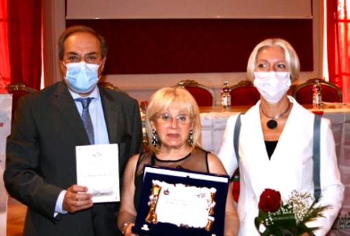 """Nelle Marche celebrata con grande successo la 5^ edizione del premio letterario """"Città di Recanati"""""""