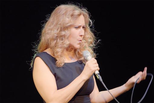 Il 3 febbraio al Théâtre des Variétés di Monaco c'è  'Il suono del Vento', protagonista il fischio di Elena Somarè