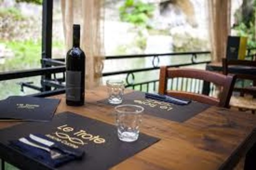 """Il Ristorante """"Le Trote"""" di Dolceacqua chiude domenica 15 settembre e dà appuntamento ai clienti alla prossima stagione"""
