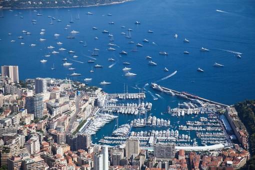 A Monaco pasti a domicilio per gli over 70 e le persone in difficoltà
