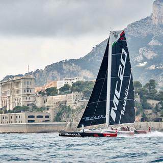 Giovanni Soldini e Pierre Casiraghi fanno il nuovo record di velocità tra Monaco e Saint Tropez: 2 ore, 25 minuti e 44 secondi