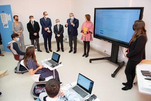 A Monaco 1200 pc portatili donati a 1200 ragazzi per una crescita digitale diffusa