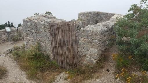 'Alle origini della nostra civiltà': il Castello di Saint Agnes, la relazione dello storico ligure Alessandro Giacobbe