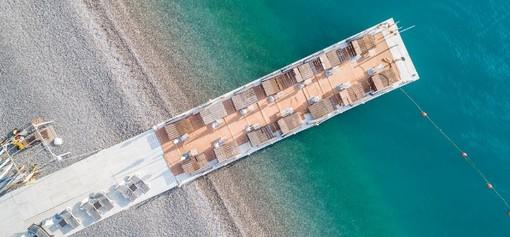 La spiaggia più glamour della Costa Azzurra? La Siesta Beach Club del Casino JOA d'Antibes