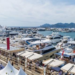 Evo R6 debutta al Cannes Yachting Festival con un modello strepitoso